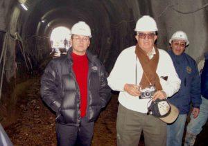 Inspección del túnel de derivación de la represa Pillones que lleva las aguas del río Sumbay al ambalse